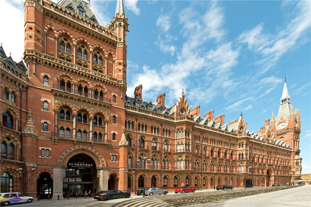 Magnificent 3-bedroom luxury interior design project in St. Pancras Chambers, King's Cross
